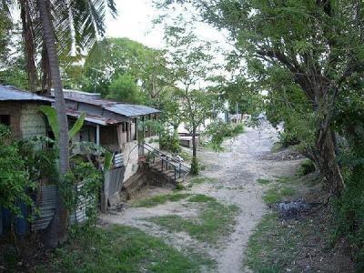 Un village au Liberia, en lisière de forêt...